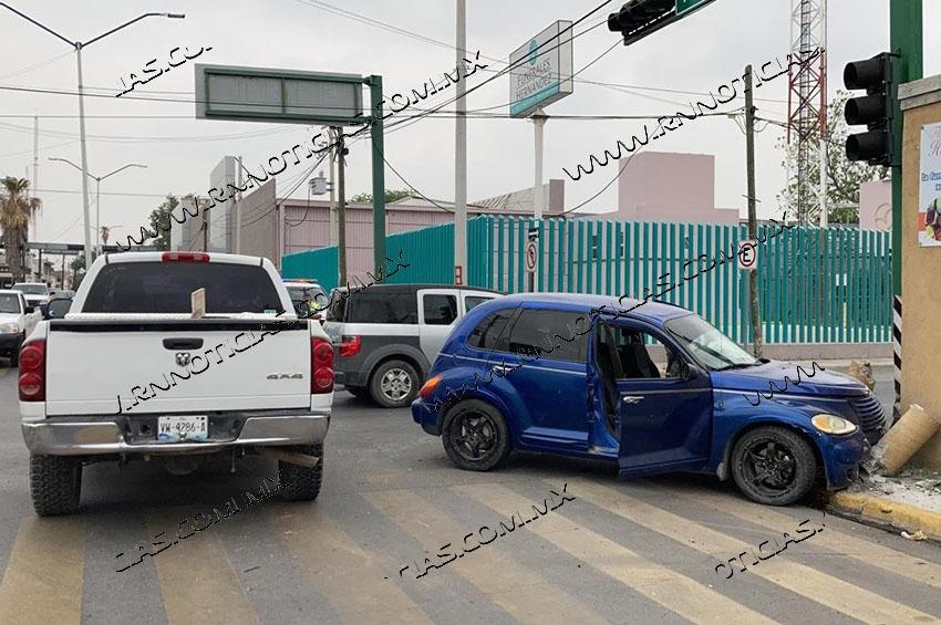 Deja colisión cuantiosos daños materiales en Nuevo Laredo