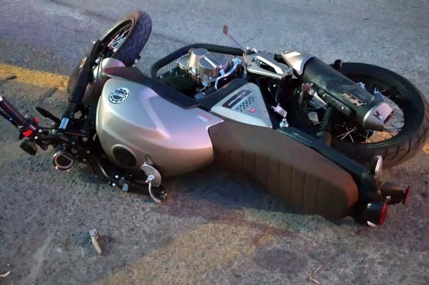 Se impacta motociclista contra camioneta en Nuevo Laredo