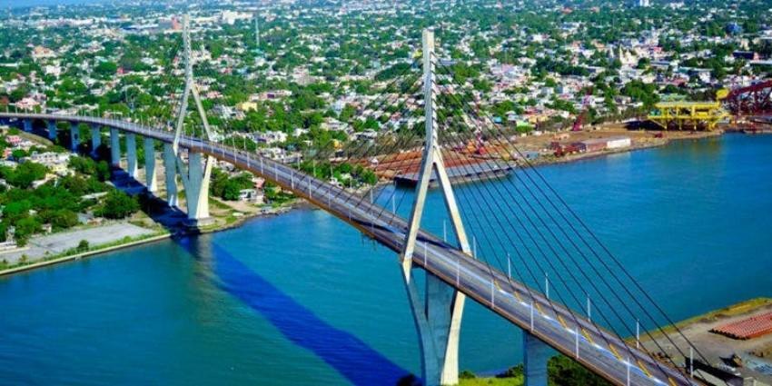 Alerta: temen que colapse el Puente Tampico