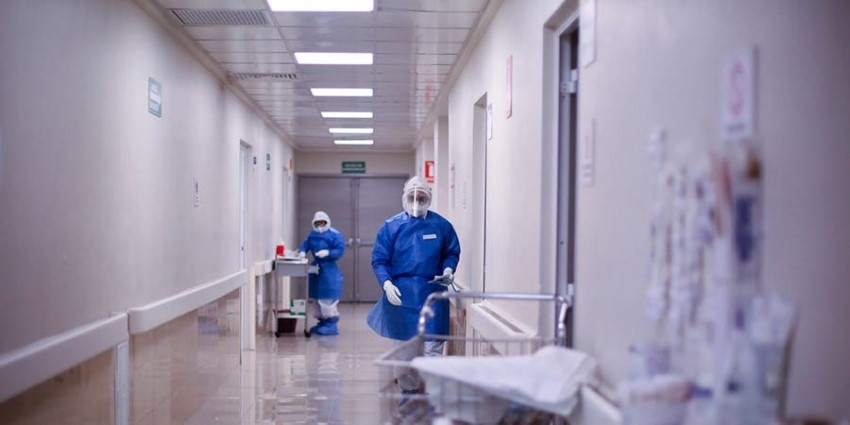 Reportan a tres niños intubados en el Infantil