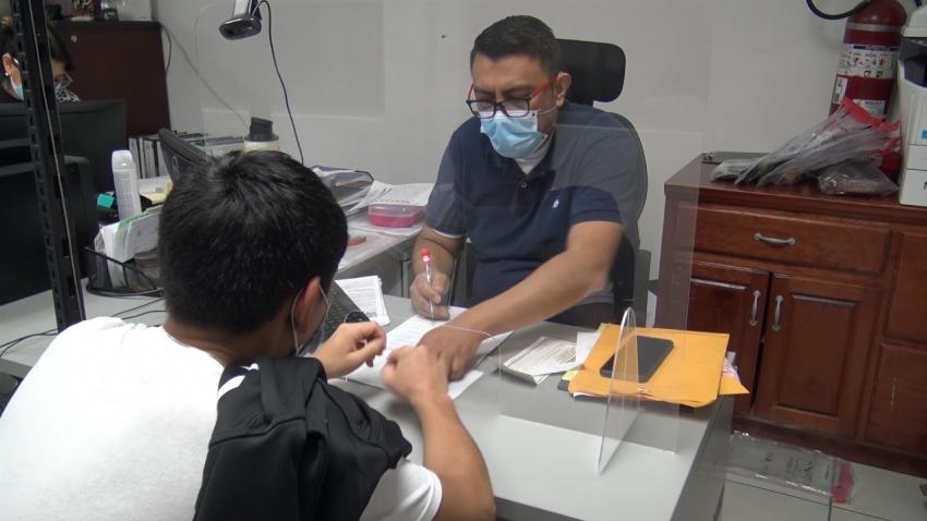 VIDEO Continúa DIF en apoyo de familias migrantes extranjeras y menores