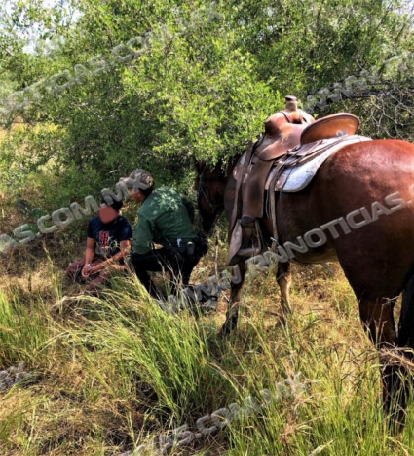 Patrulla Fronteriza encuentra a migrante perdido, brinda primeros auxilios